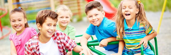 Cinco razões para os nossos filhos irem para o acampamento de férias